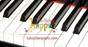 tap-dan-piano-happy-birthday-chuc-mung-sinh-nhat