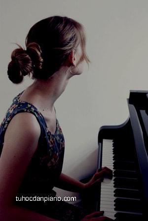 piano-dem-hat-an-tap-luyen-tich-cuc