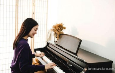 Học piano bao nhiêu tiền?